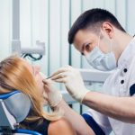 Процедура реставрации зубов – подготовка и проведение