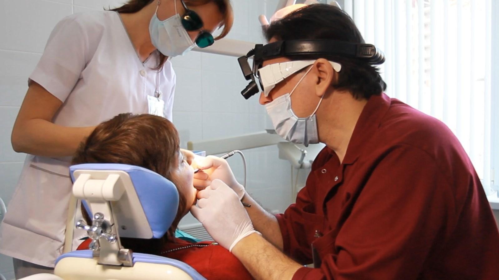 Зуб киста лазер